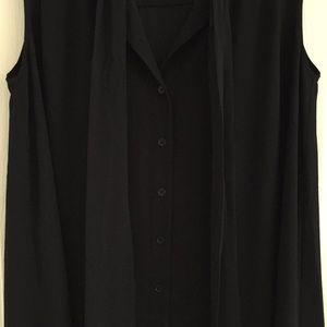French Connection Dresses - NWOT French Connection Black Dress/Tunic (Size 2)